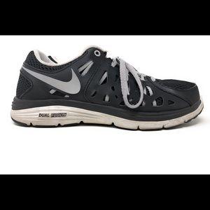 Nike Dual Fusion Run 2 Training/Running Size 8.5
